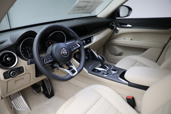 New 2021 Alfa Romeo Stelvio Ti Q4 for sale $57,400 at Rolls-Royce Motor Cars Greenwich in Greenwich CT 06830 15