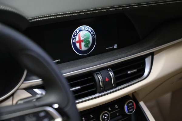 New 2021 Alfa Romeo Stelvio Ti Q4 for sale $57,400 at Rolls-Royce Motor Cars Greenwich in Greenwich CT 06830 21