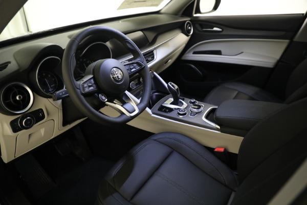 New 2021 Alfa Romeo Stelvio Ti Q4 for sale $54,400 at Rolls-Royce Motor Cars Greenwich in Greenwich CT 06830 12