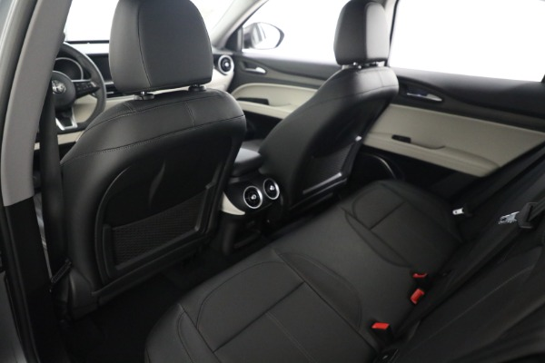 New 2021 Alfa Romeo Stelvio Ti Q4 for sale $54,400 at Rolls-Royce Motor Cars Greenwich in Greenwich CT 06830 17