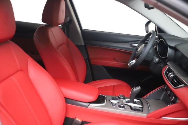 New 2021 Alfa Romeo Stelvio Ti Q4 for sale $54,400 at Rolls-Royce Motor Cars Greenwich in Greenwich CT 06830 16