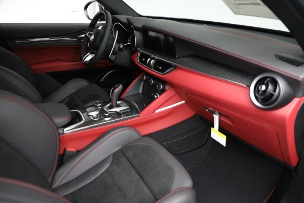 New 2021 Alfa Romeo Stelvio Quadrifoglio for sale $88,550 at Rolls-Royce Motor Cars Greenwich in Greenwich CT 06830 22