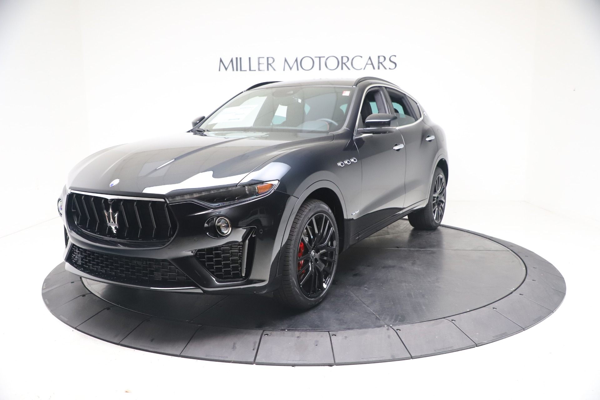 New 2021 Maserati Levante S GranSport for sale $105,799 at Rolls-Royce Motor Cars Greenwich in Greenwich CT 06830 1
