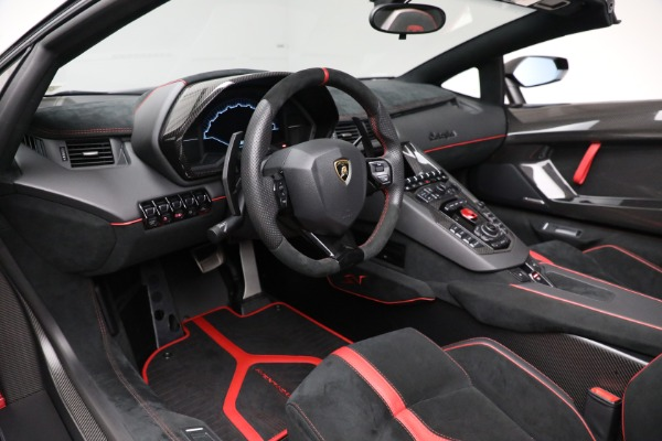 Used 2017 Lamborghini Aventador LP 750-4 SV for sale $599,900 at Rolls-Royce Motor Cars Greenwich in Greenwich CT 06830 19