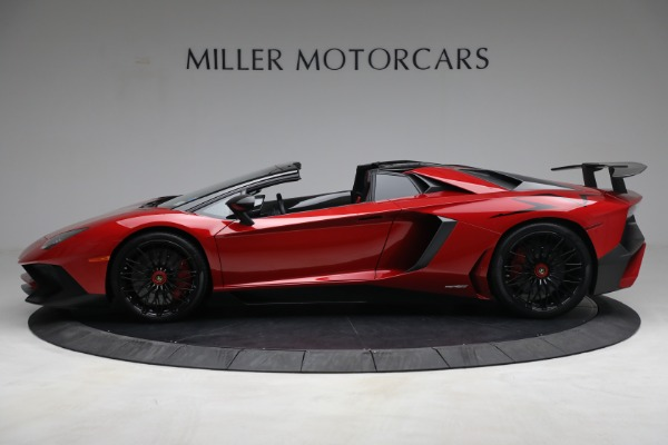 Used 2017 Lamborghini Aventador LP 750-4 SV for sale $599,900 at Rolls-Royce Motor Cars Greenwich in Greenwich CT 06830 3