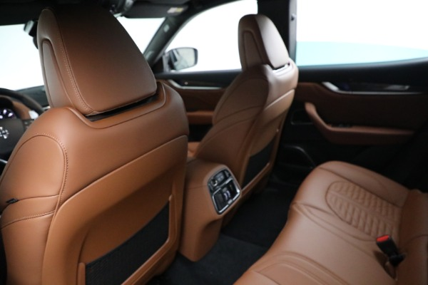 New 2021 Maserati Levante S GranSport for sale $112,899 at Rolls-Royce Motor Cars Greenwich in Greenwich CT 06830 17