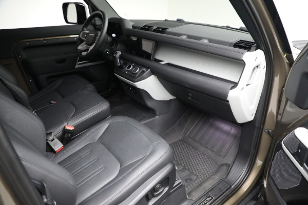 Used 2021 Land Rover Defender 90 First Edition for sale $69,900 at Rolls-Royce Motor Cars Greenwich in Greenwich CT 06830 21