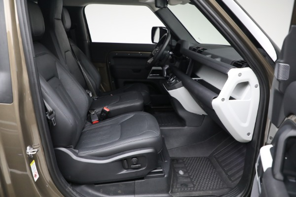Used 2021 Land Rover Defender 90 First Edition for sale $69,900 at Rolls-Royce Motor Cars Greenwich in Greenwich CT 06830 22