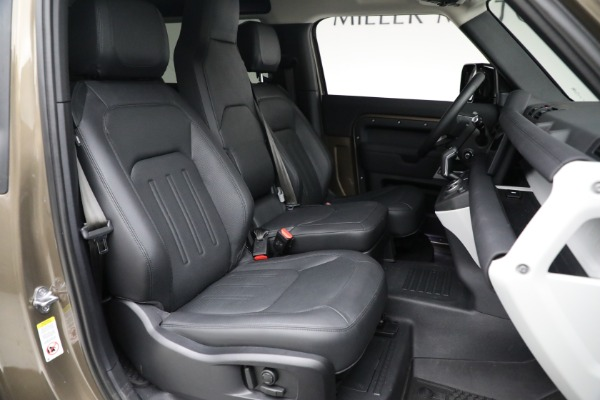 Used 2021 Land Rover Defender 90 First Edition for sale $69,900 at Rolls-Royce Motor Cars Greenwich in Greenwich CT 06830 23