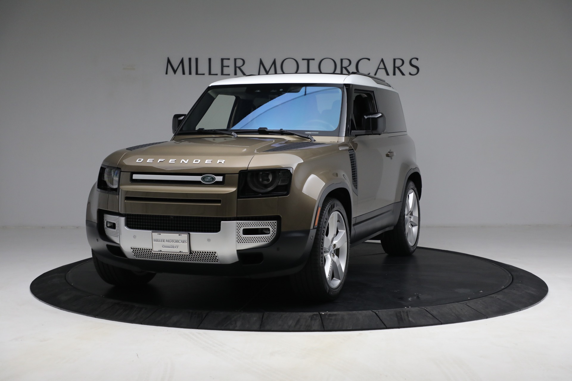 Used 2021 Land Rover Defender 90 First Edition for sale $69,900 at Rolls-Royce Motor Cars Greenwich in Greenwich CT 06830 1