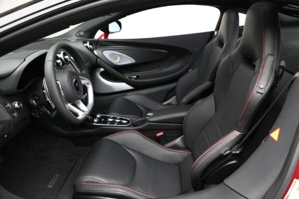 New 2021 McLaren GT for sale $217,275 at Rolls-Royce Motor Cars Greenwich in Greenwich CT 06830 21