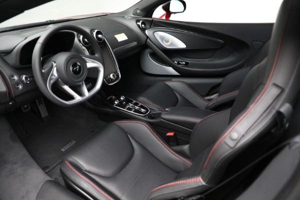 New 2021 McLaren GT Luxe for sale $217,275 at Rolls-Royce Motor Cars Greenwich in Greenwich CT 06830 22