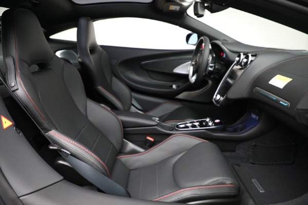 New 2021 McLaren GT Luxe for sale $217,275 at Rolls-Royce Motor Cars Greenwich in Greenwich CT 06830 24