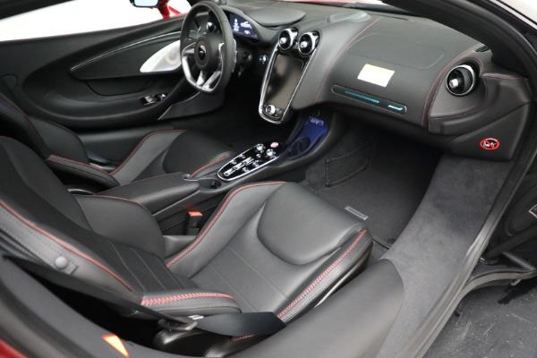New 2021 McLaren GT for sale $217,275 at Rolls-Royce Motor Cars Greenwich in Greenwich CT 06830 25