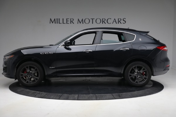 Used 2018 Maserati Levante GranSport for sale $59,900 at Rolls-Royce Motor Cars Greenwich in Greenwich CT 06830 3