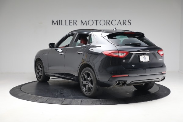 Used 2018 Maserati Levante GranSport for sale $59,900 at Rolls-Royce Motor Cars Greenwich in Greenwich CT 06830 4