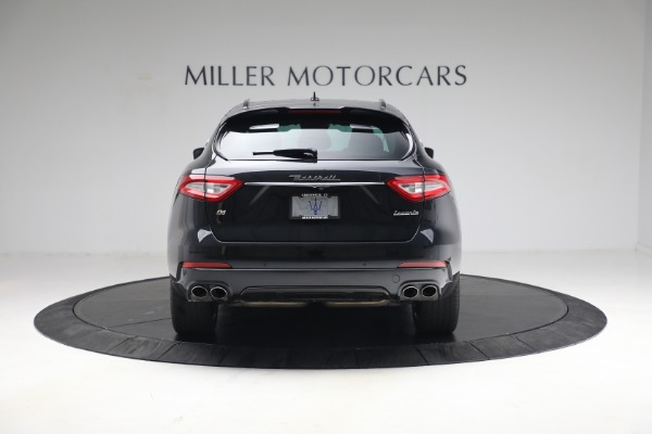 Used 2018 Maserati Levante GranSport for sale $59,900 at Rolls-Royce Motor Cars Greenwich in Greenwich CT 06830 5