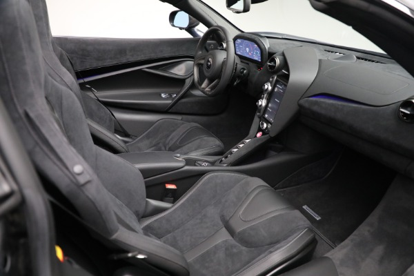 Used 2020 McLaren 720S Spider for sale $349,900 at Rolls-Royce Motor Cars Greenwich in Greenwich CT 06830 27