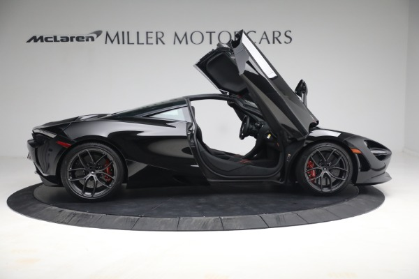 New 2021 McLaren 720S Performance for sale $344,500 at Rolls-Royce Motor Cars Greenwich in Greenwich CT 06830 24