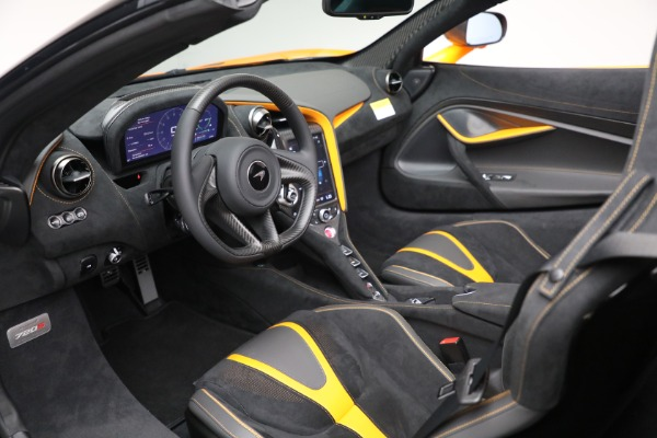 New 2021 McLaren 720S Spider for sale $378,110 at Rolls-Royce Motor Cars Greenwich in Greenwich CT 06830 24