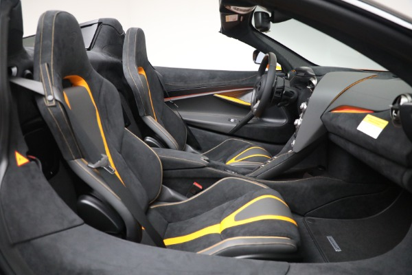 New 2021 McLaren 720S Spider for sale $378,110 at Rolls-Royce Motor Cars Greenwich in Greenwich CT 06830 28