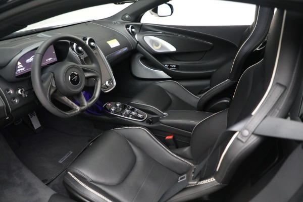 New 2021 McLaren GT Luxe for sale $217,205 at Rolls-Royce Motor Cars Greenwich in Greenwich CT 06830 17