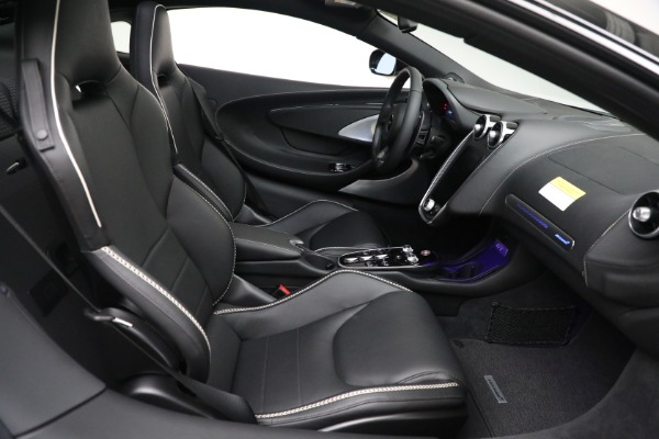 New 2021 McLaren GT Luxe for sale $217,205 at Rolls-Royce Motor Cars Greenwich in Greenwich CT 06830 22