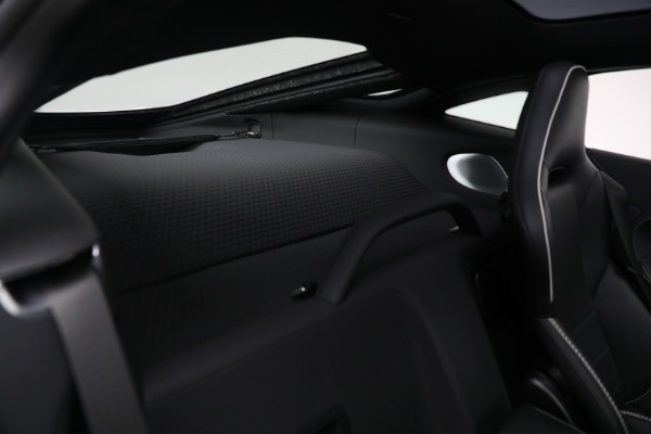 New 2021 McLaren GT Luxe for sale $217,205 at Rolls-Royce Motor Cars Greenwich in Greenwich CT 06830 24
