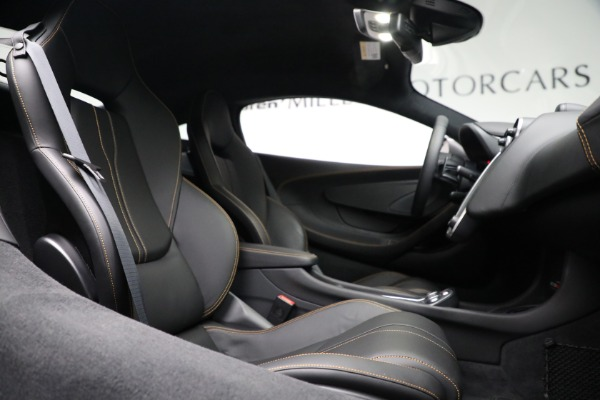 Used 2020 McLaren 570S for sale Call for price at Rolls-Royce Motor Cars Greenwich in Greenwich CT 06830 23