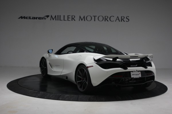 New 2021 McLaren 720S Performance for sale $352,600 at Rolls-Royce Motor Cars Greenwich in Greenwich CT 06830 5