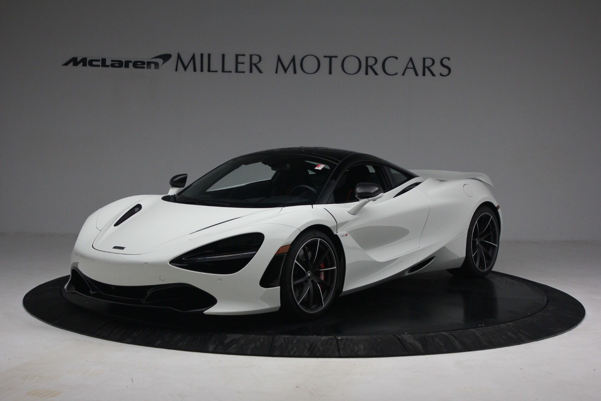 New 2021 McLaren 720S Performance for sale $352,600 at Rolls-Royce Motor Cars Greenwich in Greenwich CT 06830 1