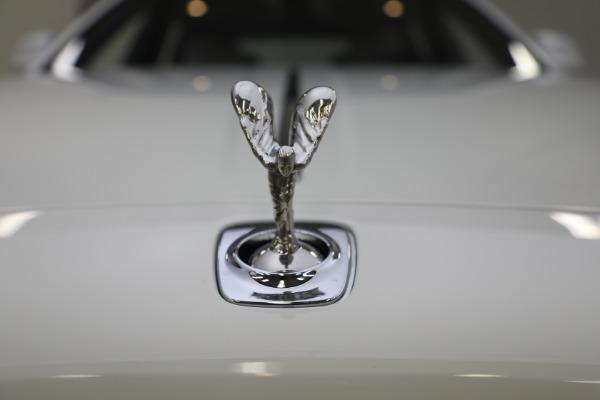 Used 2017 Rolls-Royce Ghost for sale $219,900 at Rolls-Royce Motor Cars Greenwich in Greenwich CT 06830 22