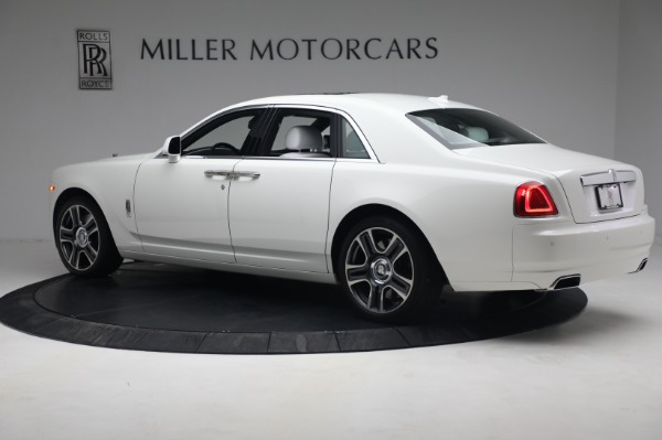 Used 2017 Rolls-Royce Ghost for sale $219,900 at Rolls-Royce Motor Cars Greenwich in Greenwich CT 06830 4
