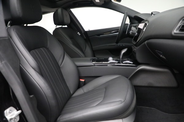 New 2021 Maserati Ghibli SQ4 for sale $92,894 at Rolls-Royce Motor Cars Greenwich in Greenwich CT 06830 26