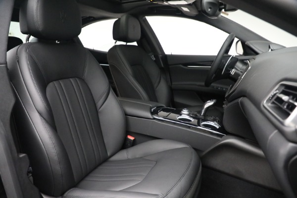 New 2021 Maserati Ghibli SQ4 for sale $92,894 at Rolls-Royce Motor Cars Greenwich in Greenwich CT 06830 27