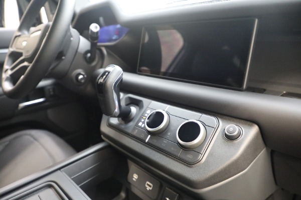 Used 2021 Land Rover Defender 90 X for sale $84,900 at Rolls-Royce Motor Cars Greenwich in Greenwich CT 06830 20