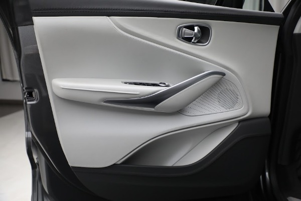 Used 2021 Aston Martin DBX for sale $199,900 at Rolls-Royce Motor Cars Greenwich in Greenwich CT 06830 14