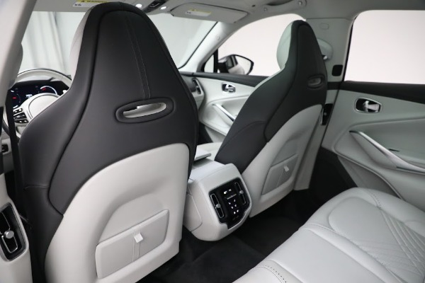 Used 2021 Aston Martin DBX for sale $199,900 at Rolls-Royce Motor Cars Greenwich in Greenwich CT 06830 18