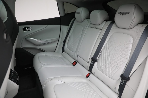Used 2021 Aston Martin DBX for sale $199,900 at Rolls-Royce Motor Cars Greenwich in Greenwich CT 06830 19
