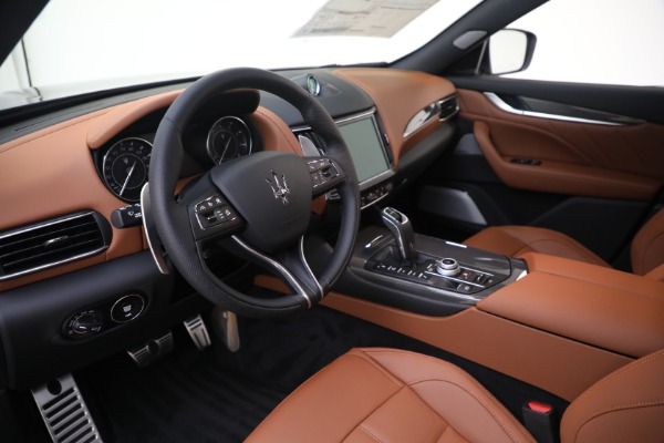 New 2021 Maserati Levante S GranSport for sale $112,799 at Rolls-Royce Motor Cars Greenwich in Greenwich CT 06830 13