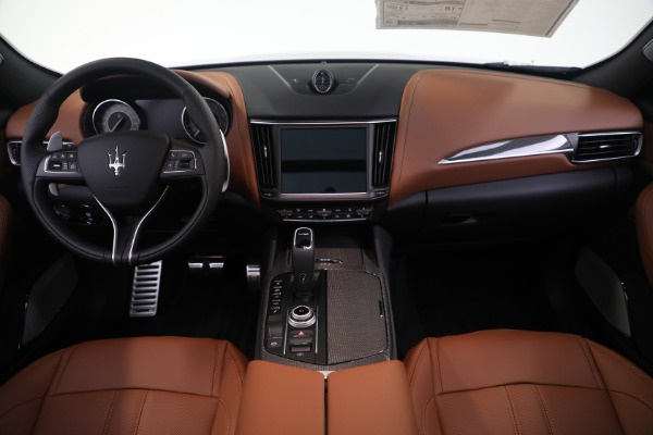New 2021 Maserati Levante S GranSport for sale $112,799 at Rolls-Royce Motor Cars Greenwich in Greenwich CT 06830 16