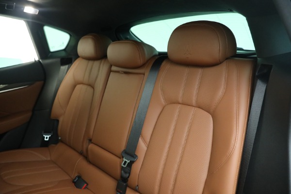New 2021 Maserati Levante S GranSport for sale $112,799 at Rolls-Royce Motor Cars Greenwich in Greenwich CT 06830 18