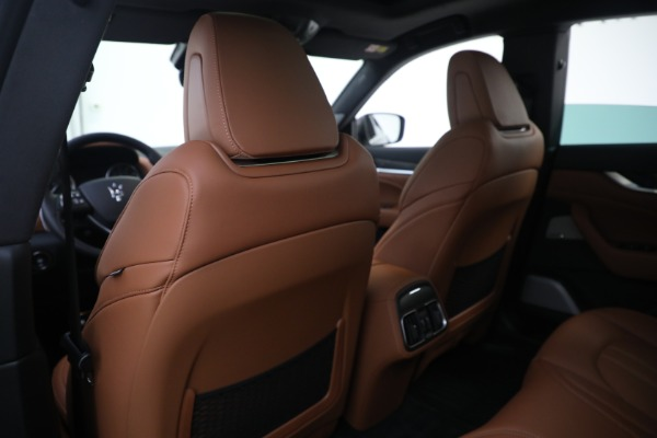 New 2021 Maserati Levante S GranSport for sale $112,799 at Rolls-Royce Motor Cars Greenwich in Greenwich CT 06830 20