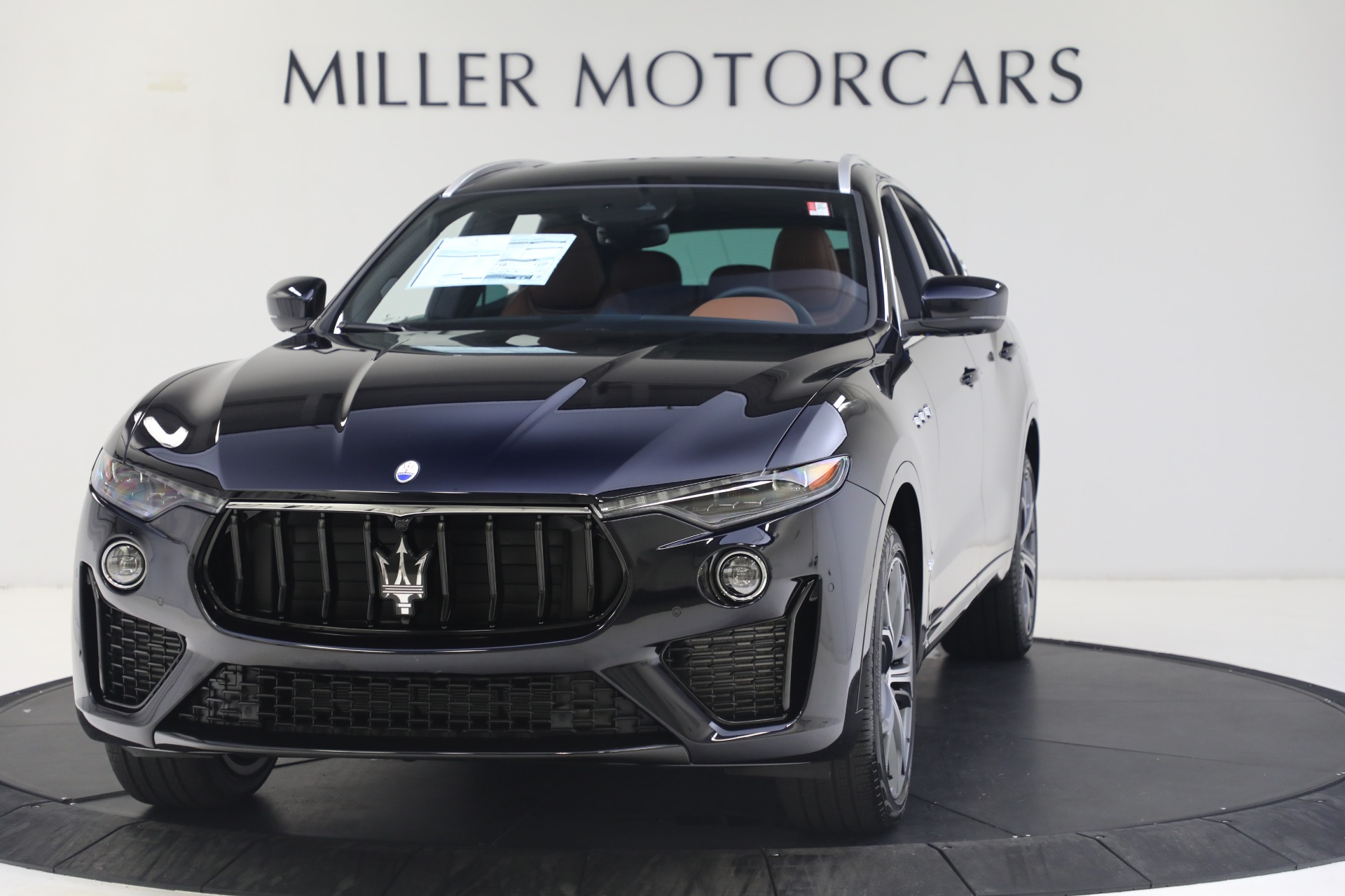 New 2021 Maserati Levante S GranSport for sale $112,799 at Rolls-Royce Motor Cars Greenwich in Greenwich CT 06830 1