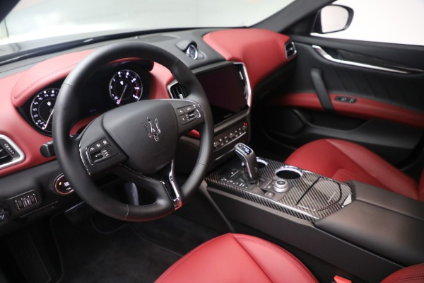 New 2021 Maserati Ghibli SQ4 GranLusso for sale Sold at Rolls-Royce Motor Cars Greenwich in Greenwich CT 06830 13