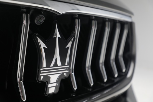 New 2021 Maserati Ghibli SQ4 GranLusso for sale Sold at Rolls-Royce Motor Cars Greenwich in Greenwich CT 06830 27