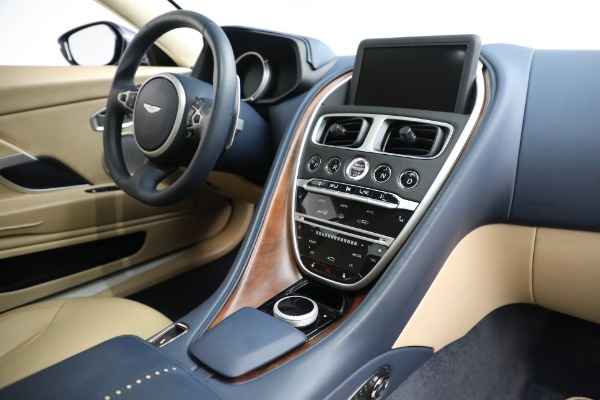 Used 2018 Aston Martin DB11 V12 for sale $164,990 at Rolls-Royce Motor Cars Greenwich in Greenwich CT 06830 17