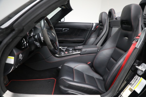 Used 2014 Mercedes-Benz SLS AMG GT for sale $159,900 at Rolls-Royce Motor Cars Greenwich in Greenwich CT 06830 18