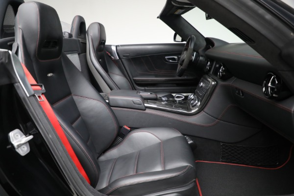 Used 2014 Mercedes-Benz SLS AMG GT for sale $159,900 at Rolls-Royce Motor Cars Greenwich in Greenwich CT 06830 21