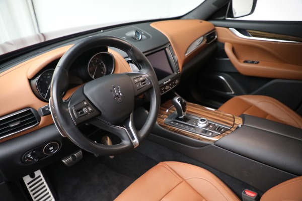 Used 2018 Maserati Levante GranSport for sale $57,900 at Rolls-Royce Motor Cars Greenwich in Greenwich CT 06830 13